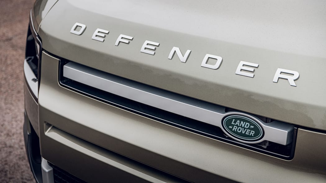 2020 Land Rover Defender 110 badge