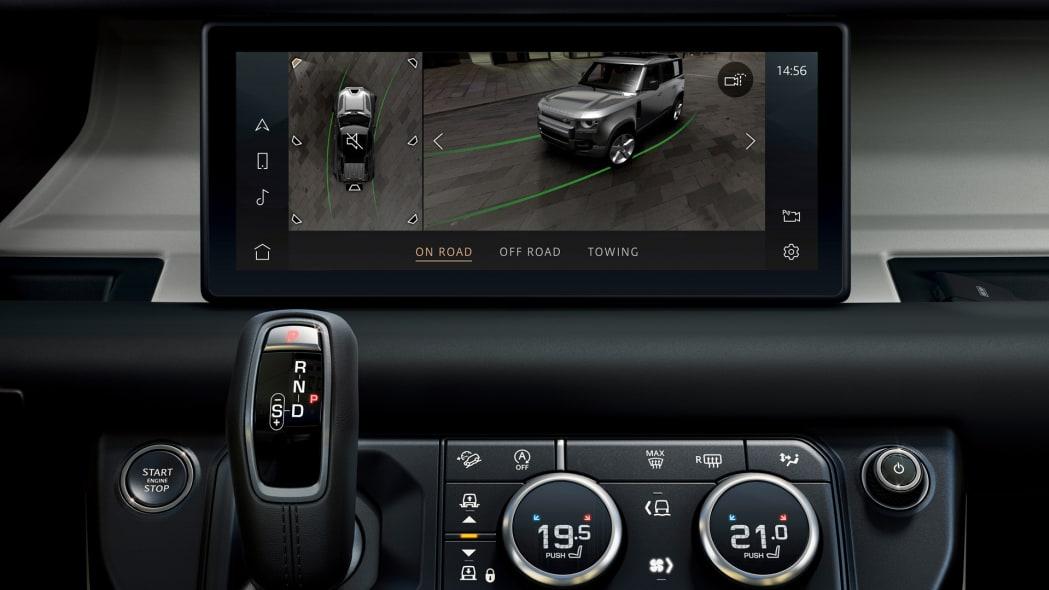 2020 Land Rover Defender 110 interior screen 5