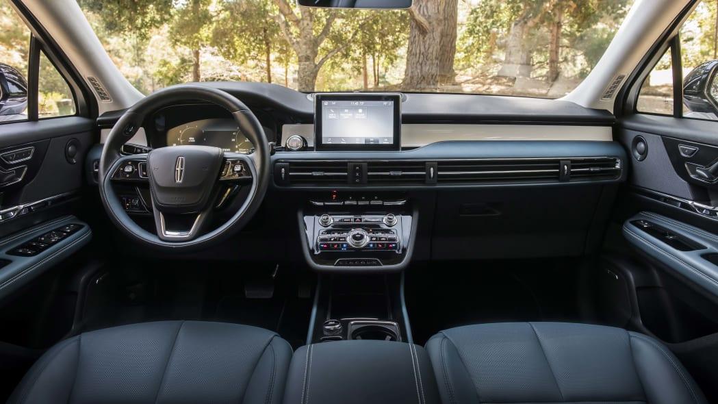 2020 Lincoln Corsair Beyond Blue interior