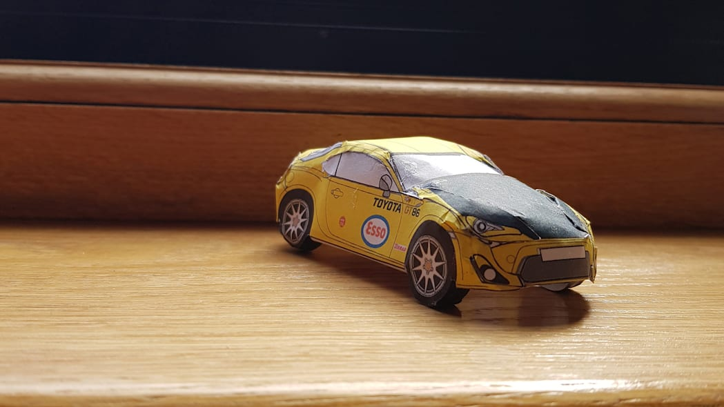 Paper Toyota GT86 7