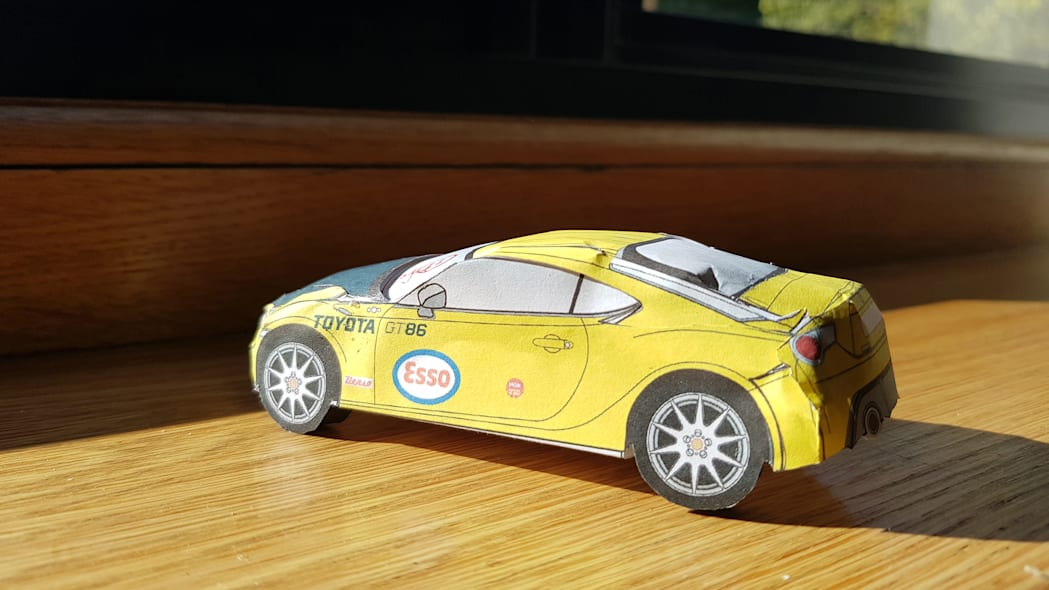 Paper Toyota GT86 9