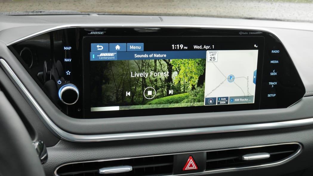 2020 Hyundai Sonata touchscreen 02