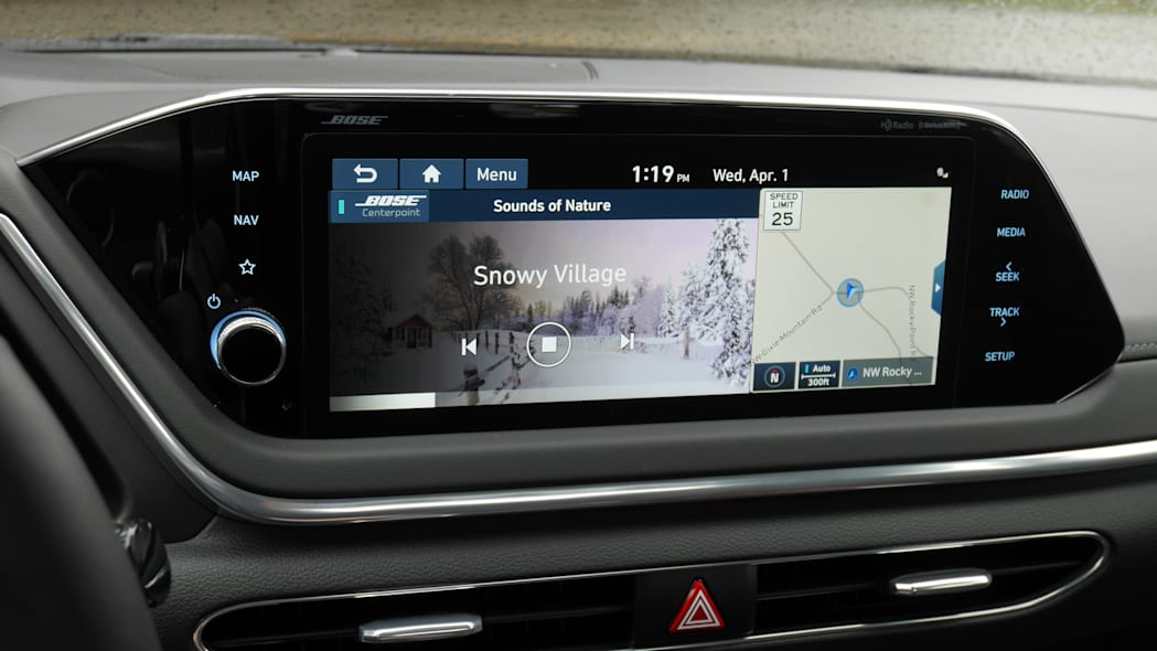 2020 Hyundai Sonata touchscreen 03