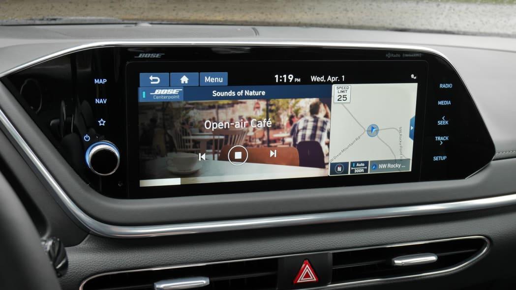 2020 Hyundai Sonata touchscreen 04