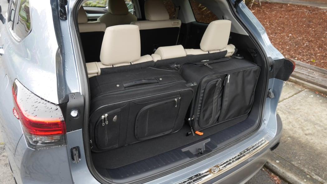 2020 Toyota Highlander third row full recline bags