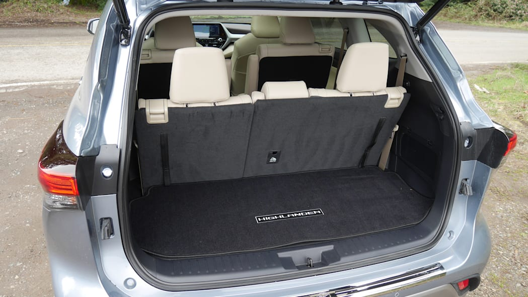 2020 Toyota Highlander third row full recline