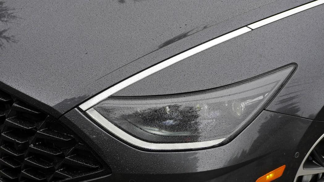 2020 Hyundai Sonata Limited headlight