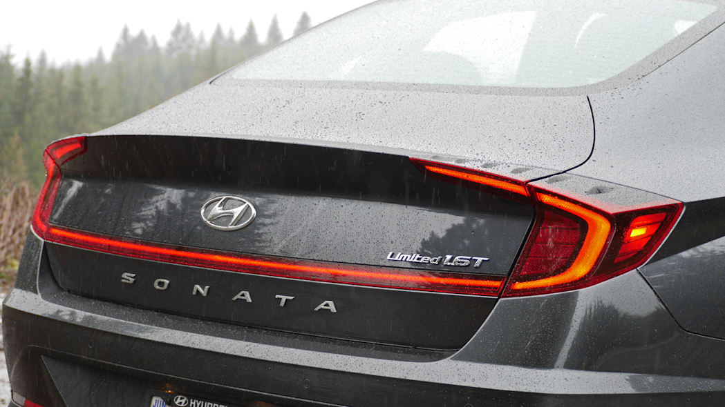 2020 Hyundai Sonata Limited taillights
