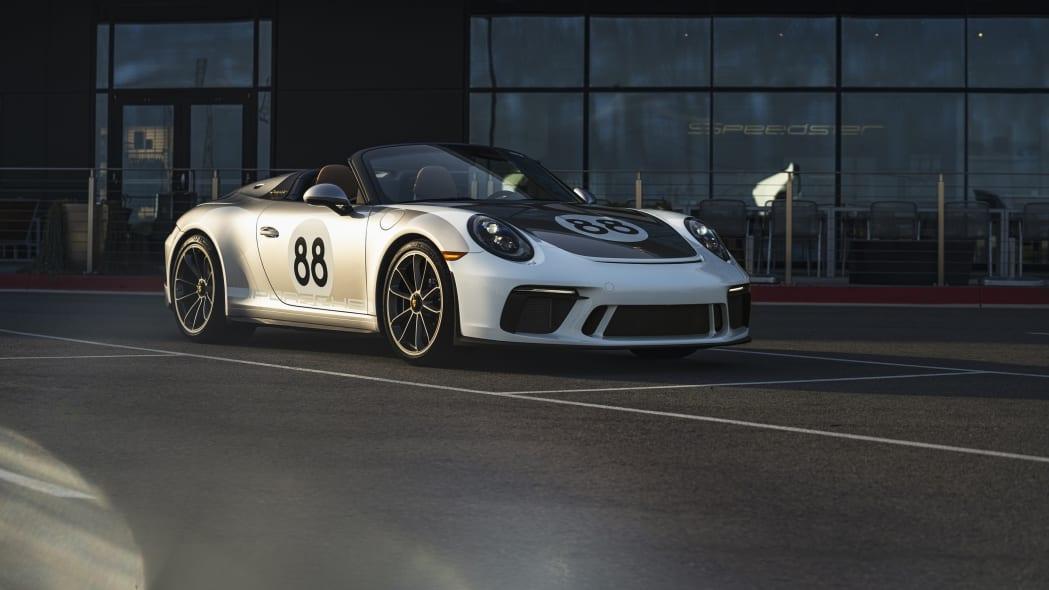Porsche-911-Speedster--front