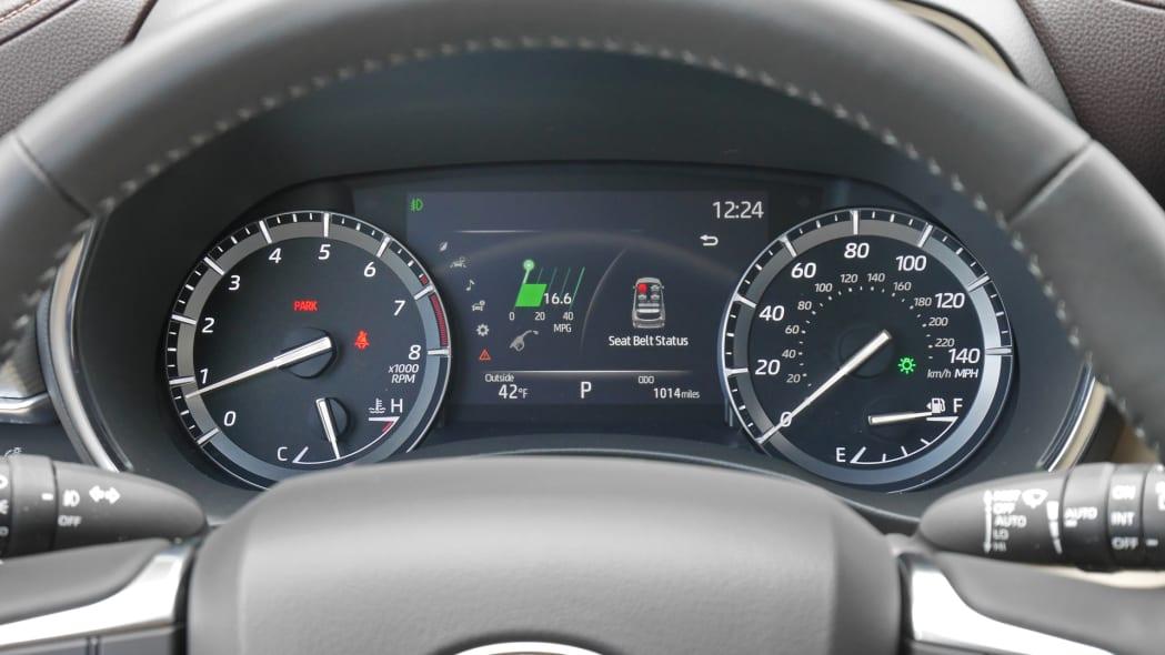2020 Toyota Highlander Platinum instrument panel