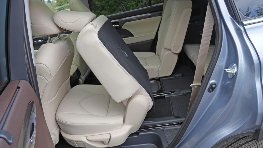 2020 Toyota Highlander Platinum third row access