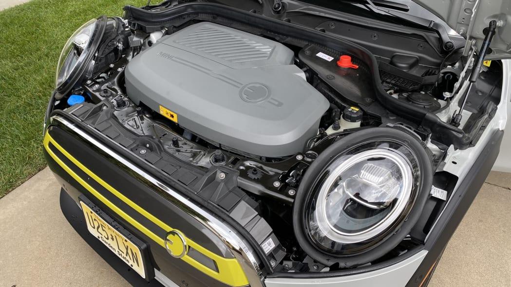2020 Mini SE