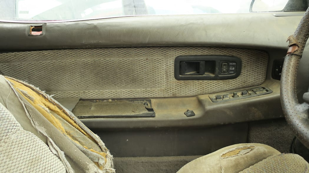 18 - 1990 Dodge Daytona Shelby in Colorado Junkyard - photo by Murilee Martin