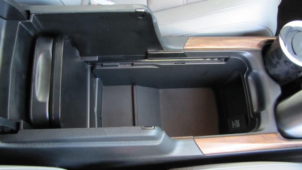 2020 Honda CR-V Interior Storage center console bin all open