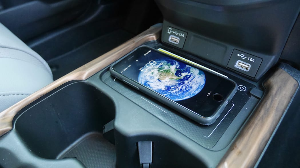 2020 Honda CR-V Interior Storage wireless charging