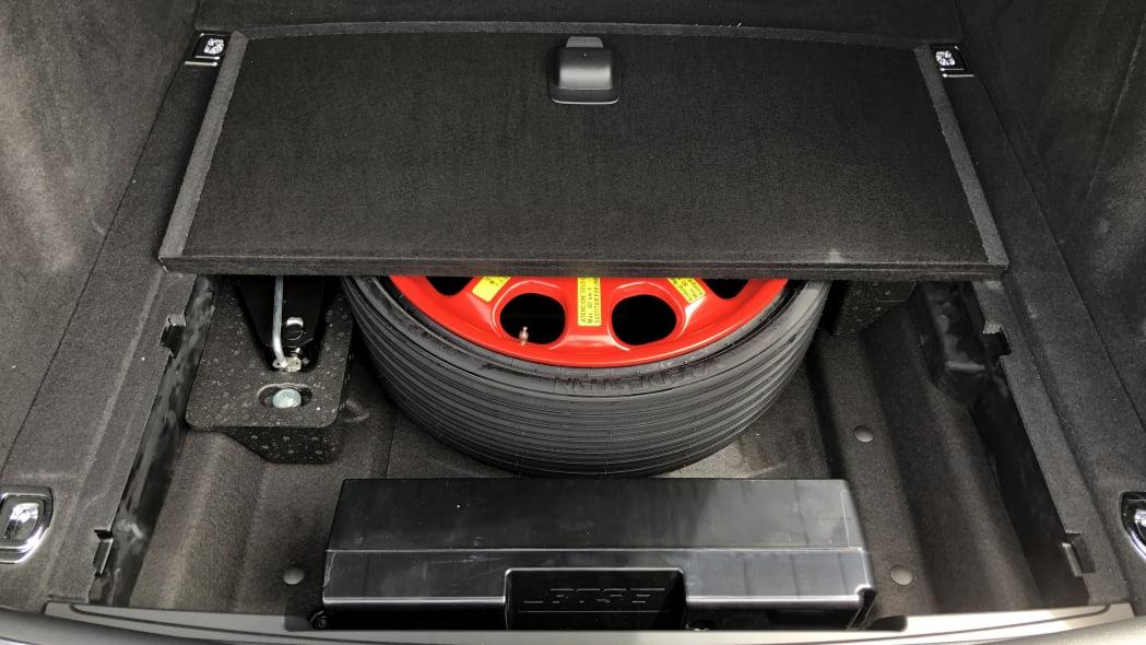 2020 Porsche Macan luggage test