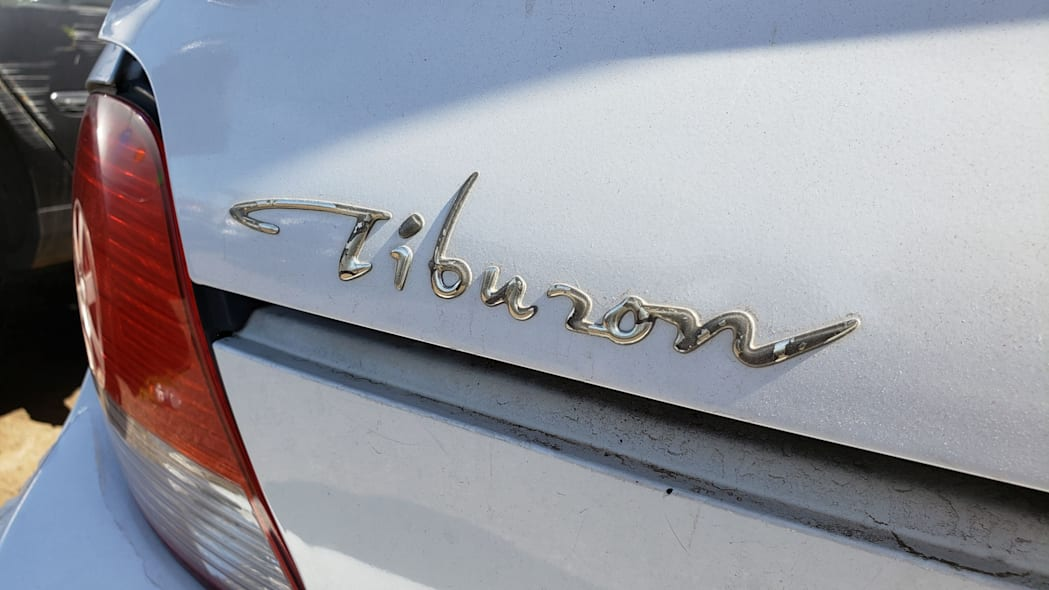 04 - 2000 Hyundai Tiburon in Arizona Junkyard - photo by Murilee Martin