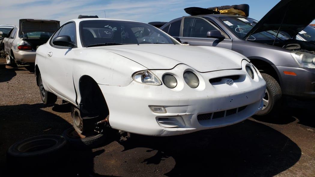 30 - 2000 Hyundai Tiburon in Arizona Junkyard - photo by Murilee Martin