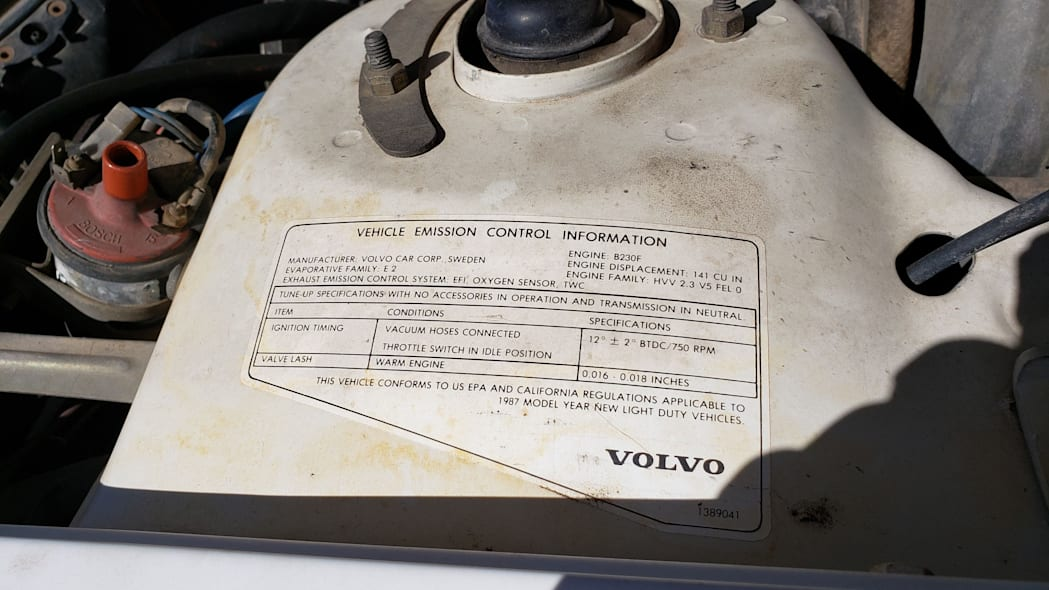 29 - 1987 Volvo 245 Wagon in Colorado Junkyard - photo by Murilee Martin
