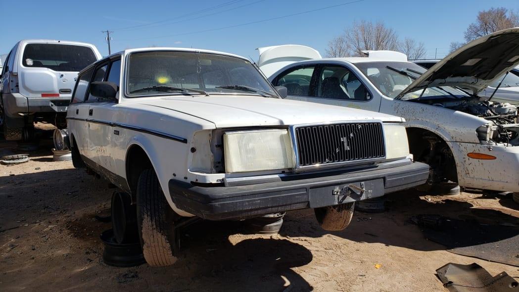 51 - 1987 Volvo 245 Wagon in Colorado Junkyard - photo by Murilee Martin