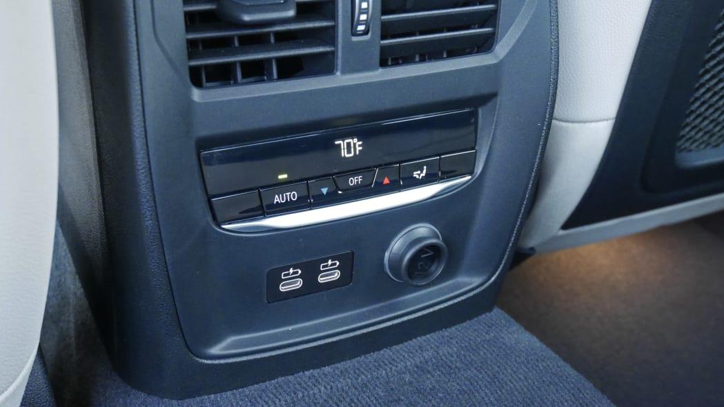 2020 BMW M340i back seat HVAC