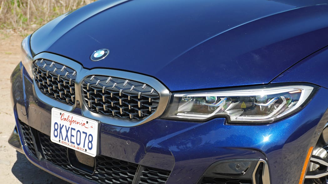 2020 BMW M340i front end detail