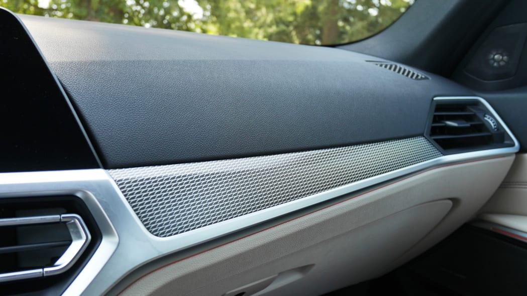 2020 BMW M340i interior trim detail
