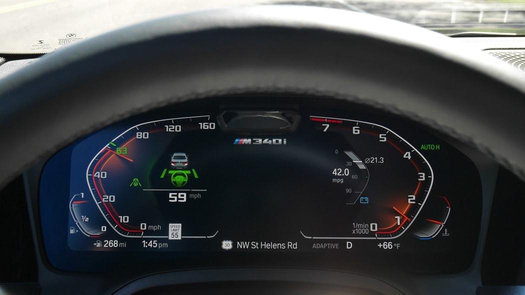 2020 BMW M340i ip driver assist