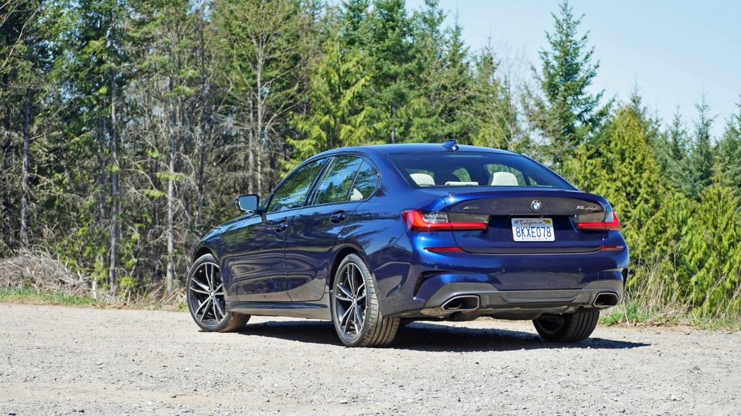 2020 BMW M340i rear 1