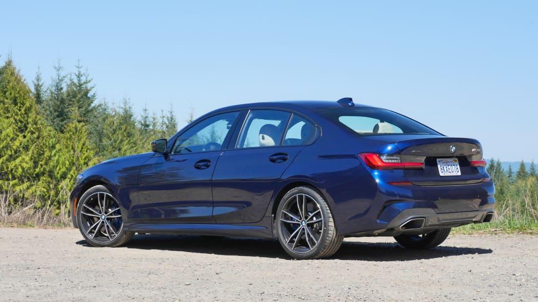 2020 BMW M340i rear 2