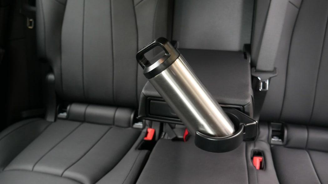 Mercedes GLB Interior Storage rear cupholder fail 2