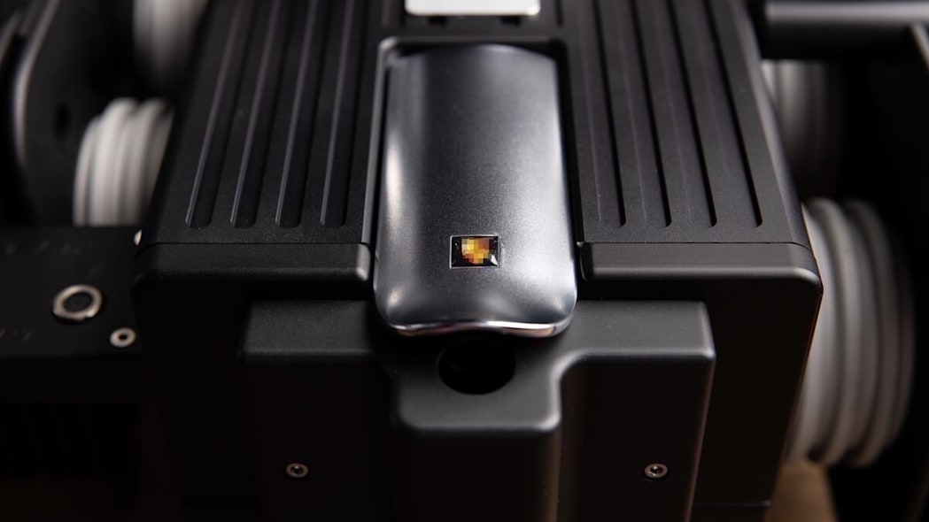 5e32d83f18a5c822554d076a_Espresso-Veloce-RS-Black-Edition0005