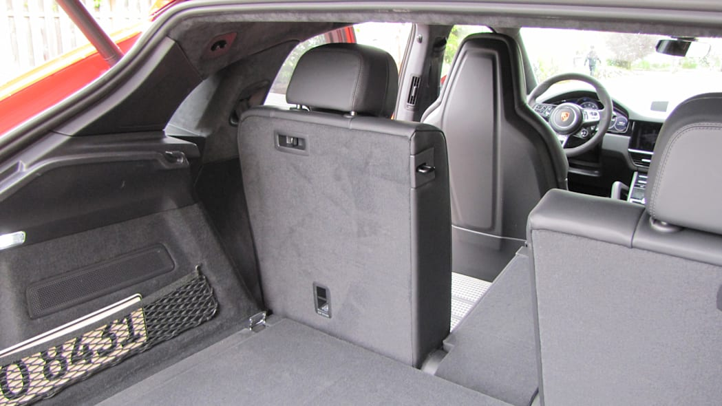 Porsche Cayenne Coupe Luggage Test seat upright no bag