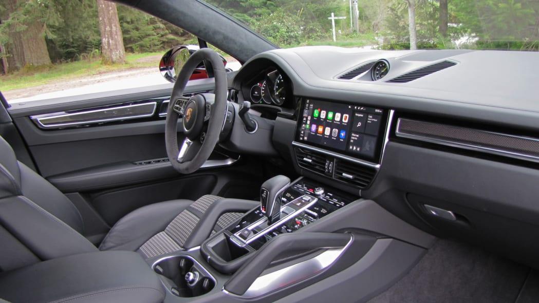 2020 Porsche Cayenne Coupe Turbo S E-Hybrid front interior