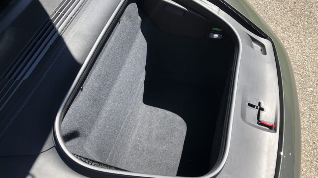 2020 Porsche 911 luggage test