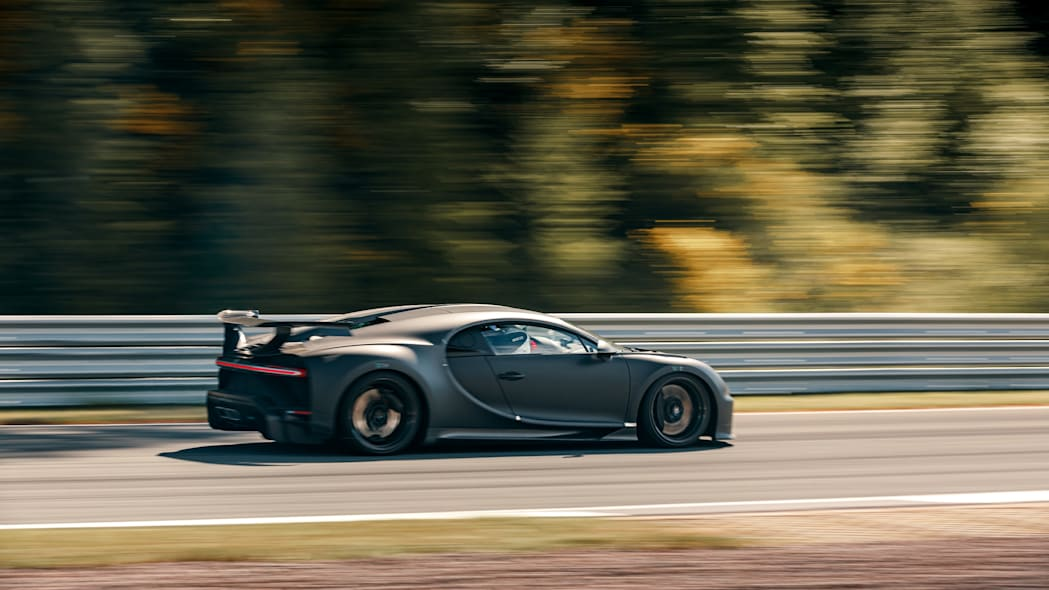 Bugatti Chiron Pur Sport testing