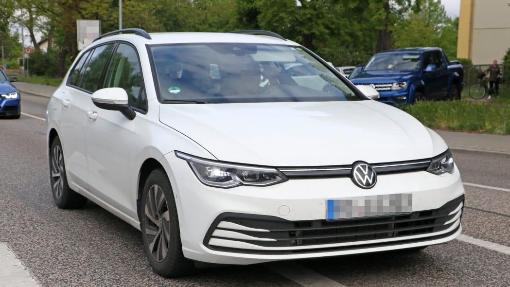 Volkswagen Golf Variant 1
