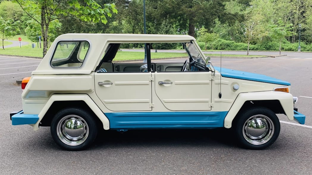 VW Thing side