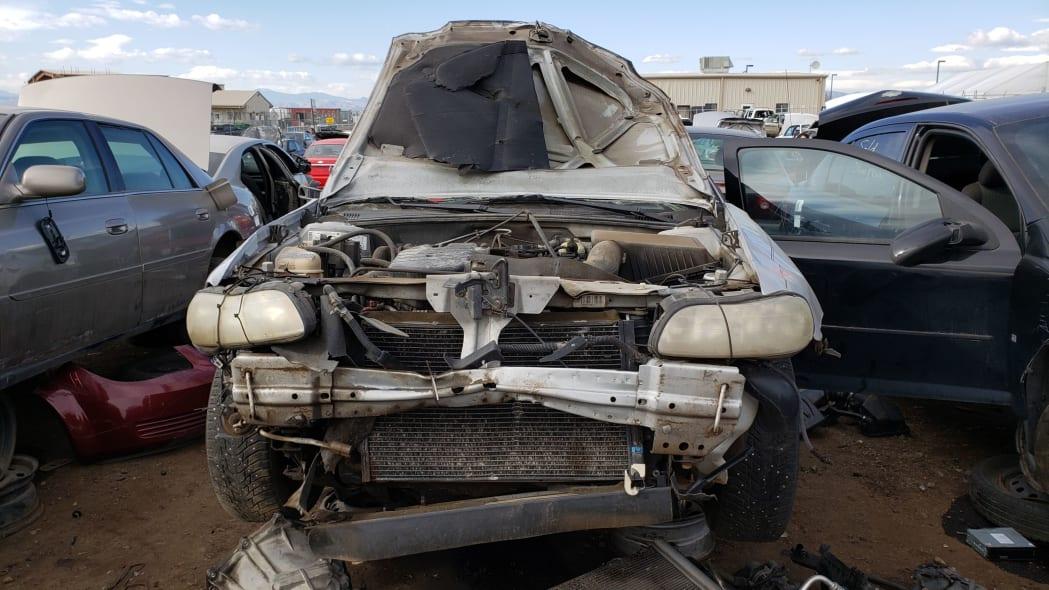 15 - 2004 Chevrolet Classic in Colorado Junkyard - photo by Murilee Martin
