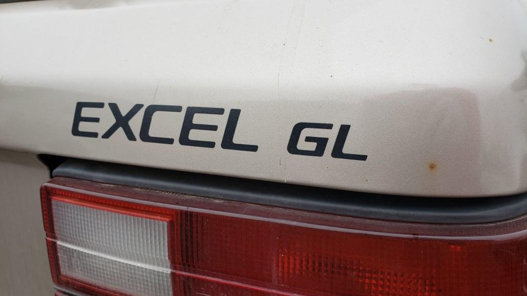 02 - 1989 Hyundai Excel GL in Colorado Junkyard - photo by Murilee Martin