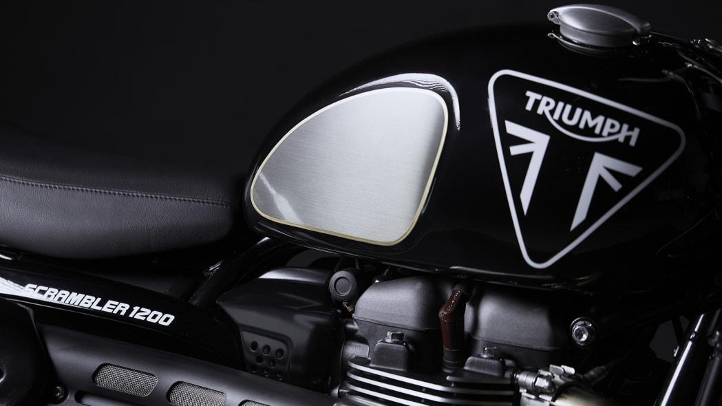 Triumph Bond Edition 5
