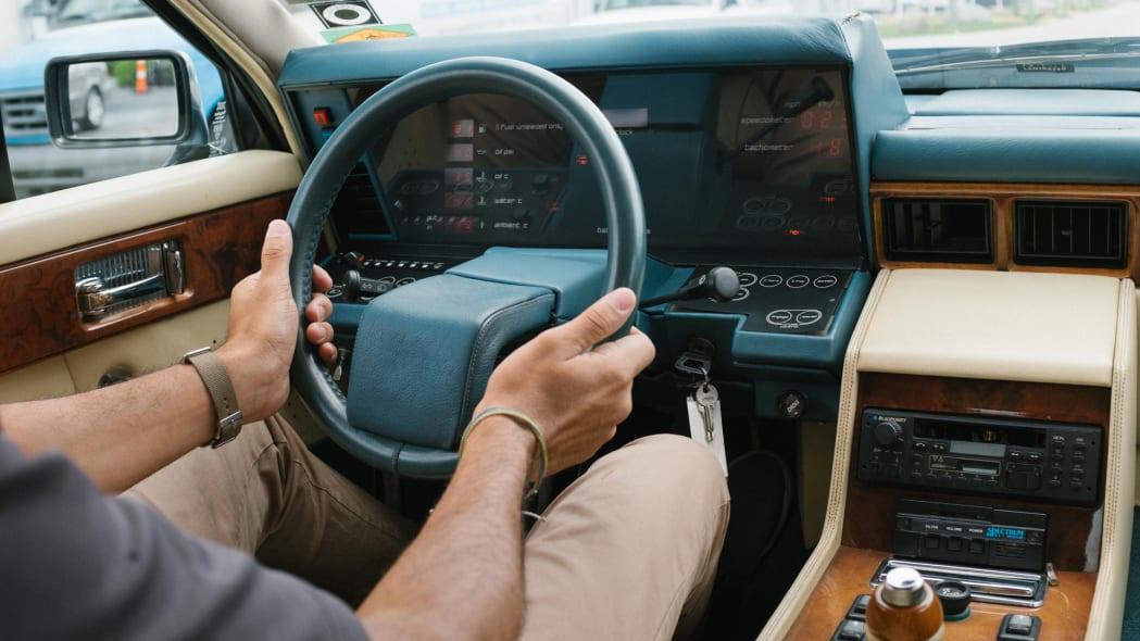 1985 Aston Martin Lagonda 6