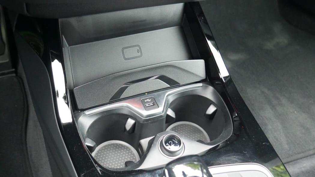 2020 BMW 228i wireless charging