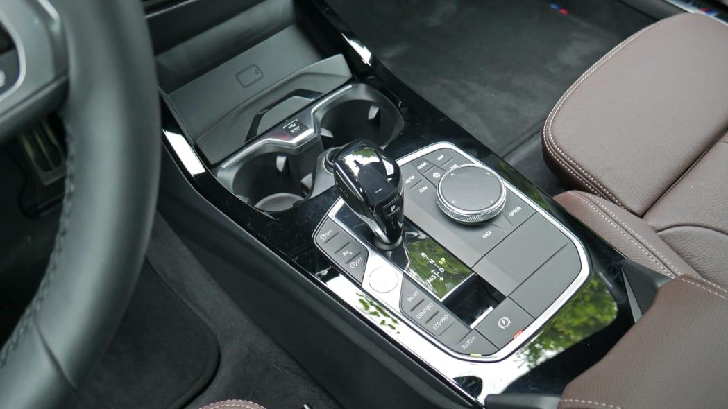 2020 BMW 228i center console