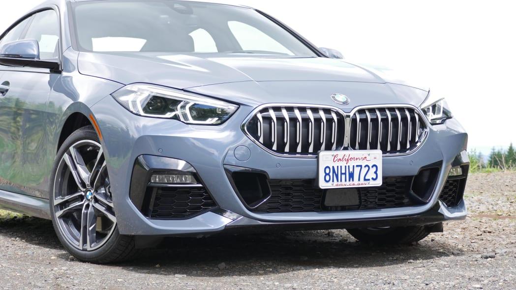2020 BMW 228i grille