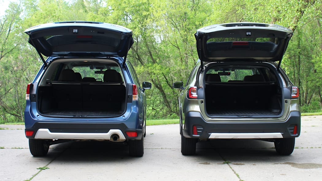 Subaru Outback and Forester rear hatch open-2