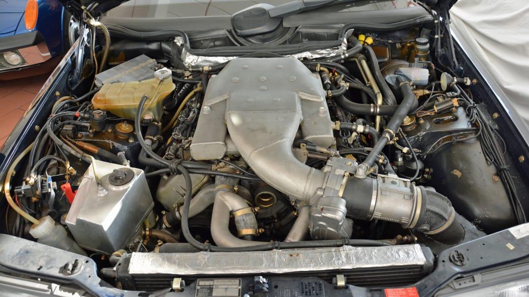Mercedes-Benz W124-based V8 test mule