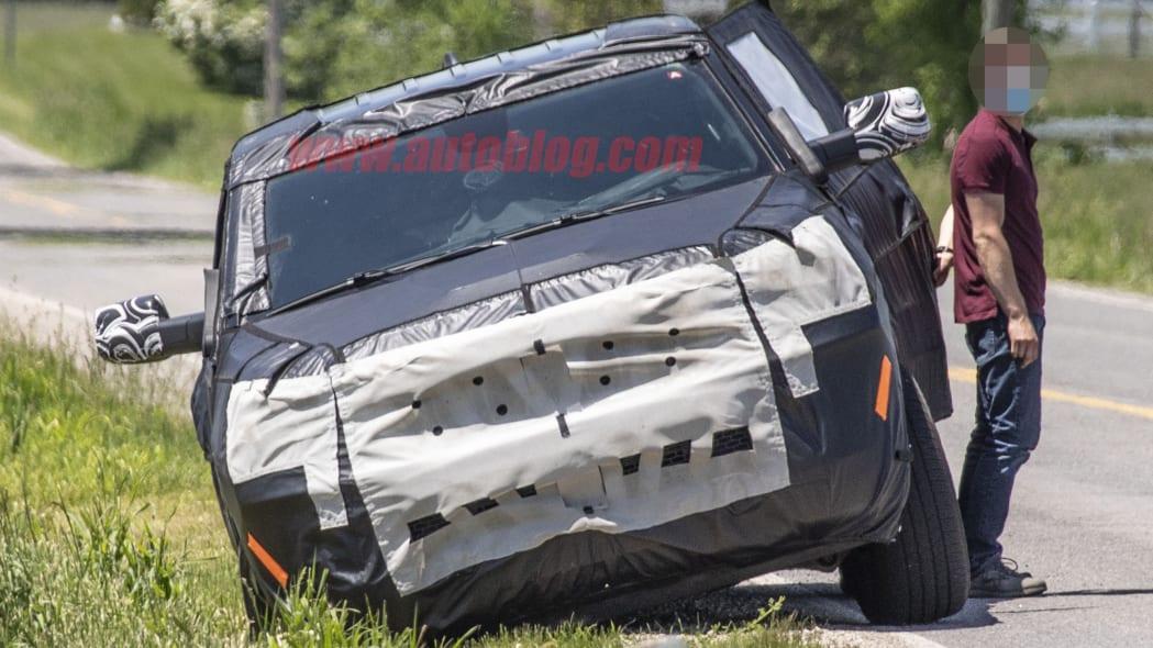 Jeep Wagoneer spied