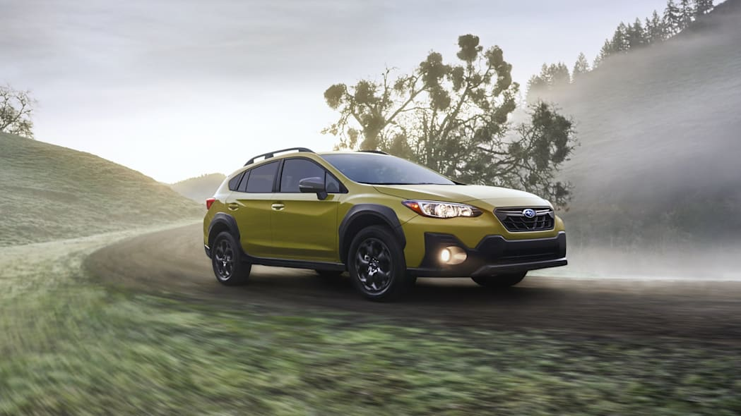 2021 subaru crosstrek adds sport trim 25l engine