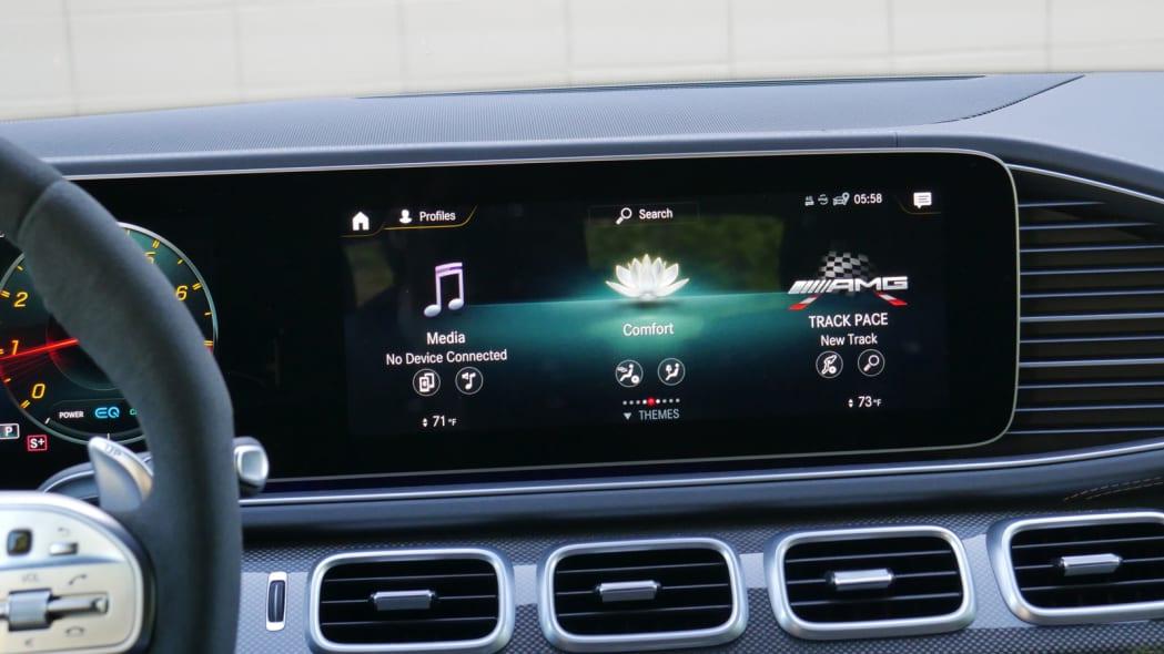 2021 Mercedes-AMG GLS 63 MBUX display